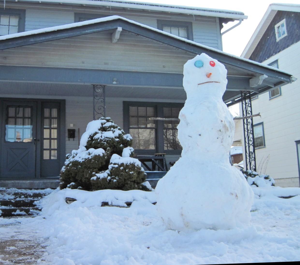 8 ft tall snowman